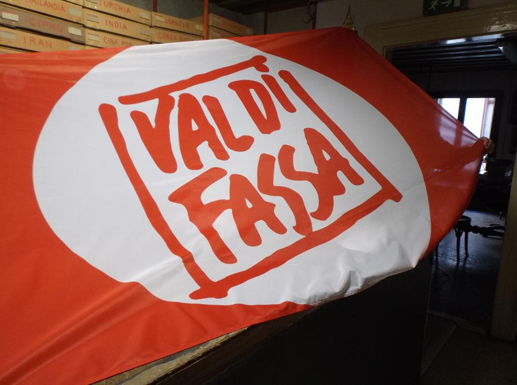 realizzazione bandiere personalizzate